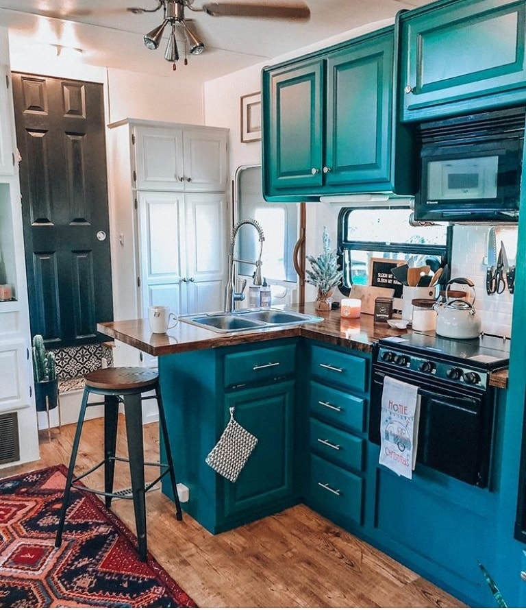 Blue Country Kitchen Ideas